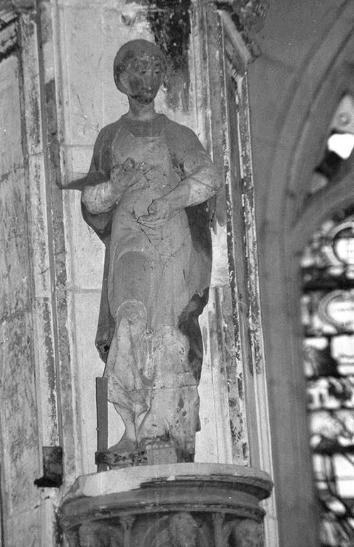 Statue (petite nature) : saint