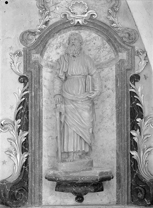 statues en pendant : saint Pierre, saint Paul