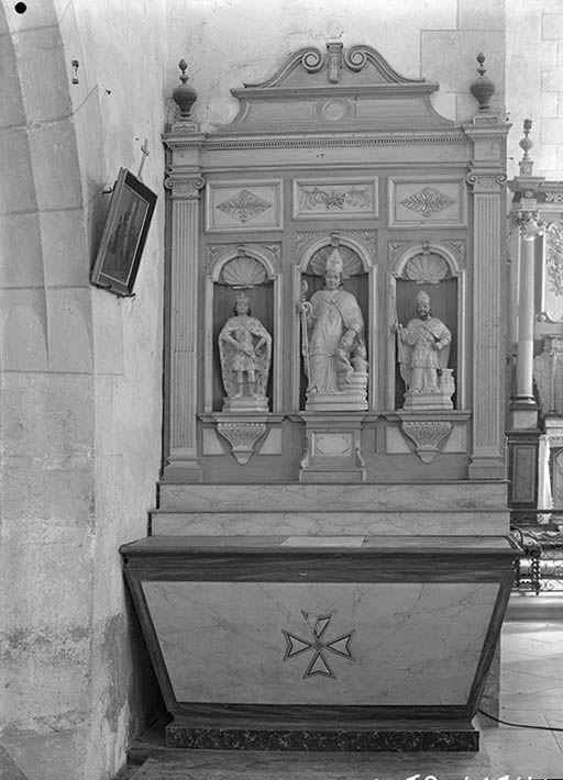 2 autels et retables