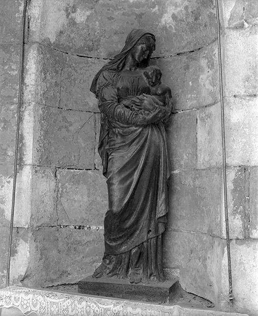 Statue : Vierge à l'Enfant dite la Vierge Noire