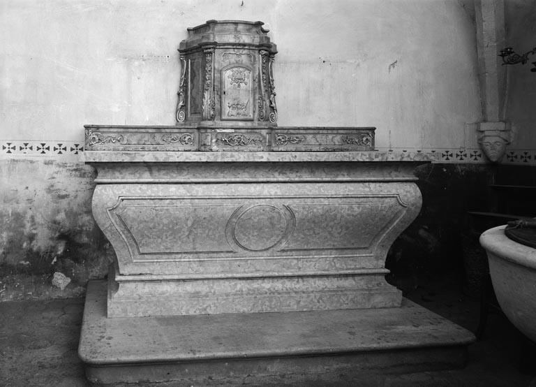 Autel, tabernacle (autel tombeau, maître-autel)