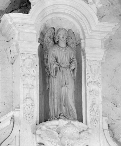 Statue (petite nature) : ange