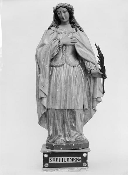 Statue (petite nature) : sainte Philomène