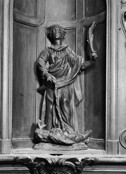 2 groupes sculptés (en pendant, statuette) : Education de la Vierge, sainte Marguerite