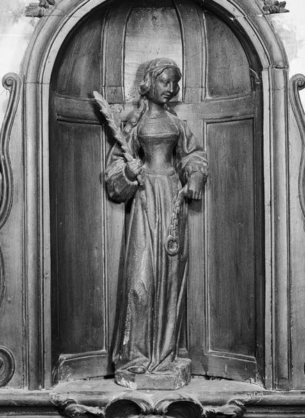 Statuette : sainte martyre