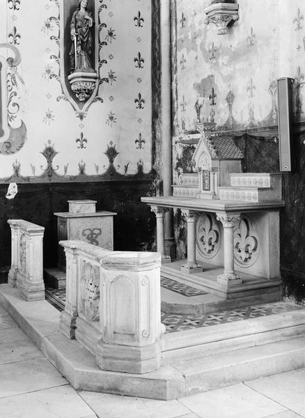 2 autels, tabernacle (2, en pendant, autel table, tabernacle architecturé), style néo-gothique