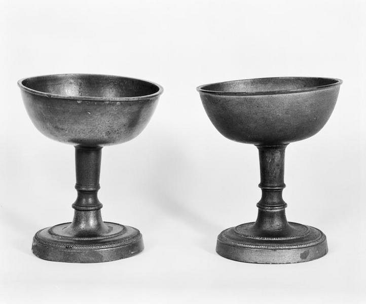 Vases de quête (coupes de quête, 2, paire)