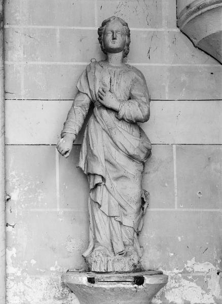 Statue (petite nature) : sainte