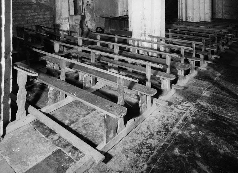 Bancs de fidèles : bancs d'église (42) (série)