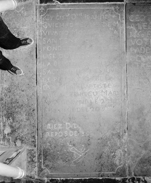 Dalle funéraire : de Jeanne Guichard