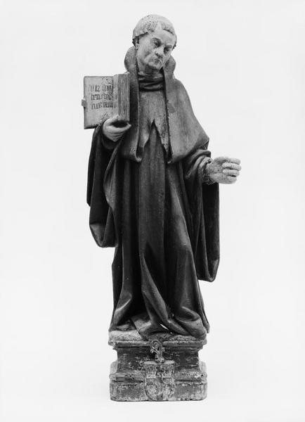 Statue : saint Benoît