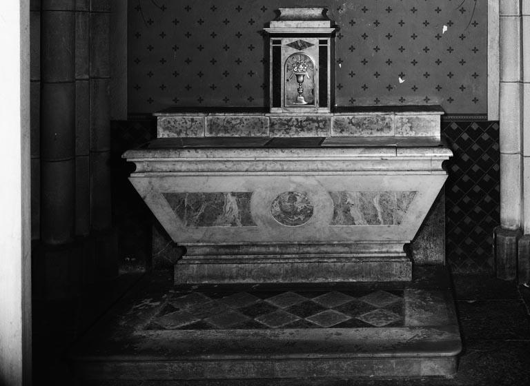 Autel, tabernacle (autel secondaire, autel tombeau) (2)