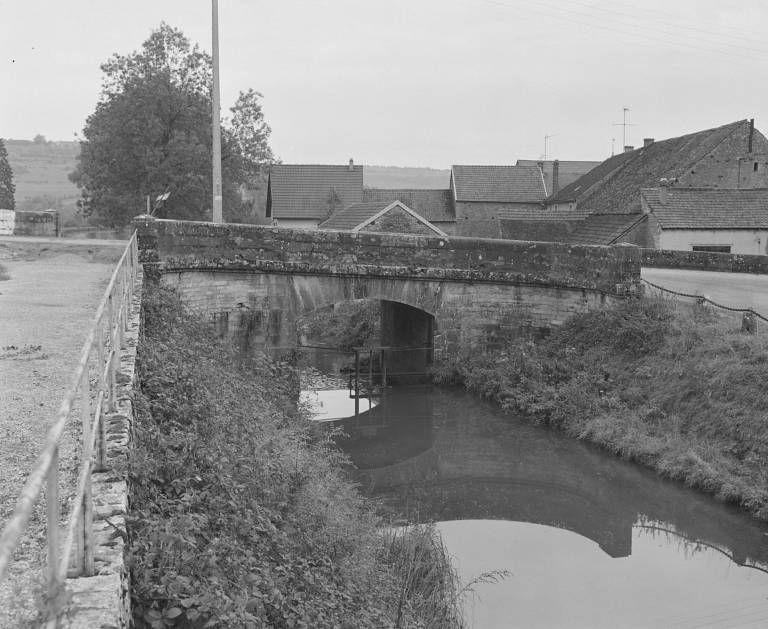 Pont sur la Vandenesse