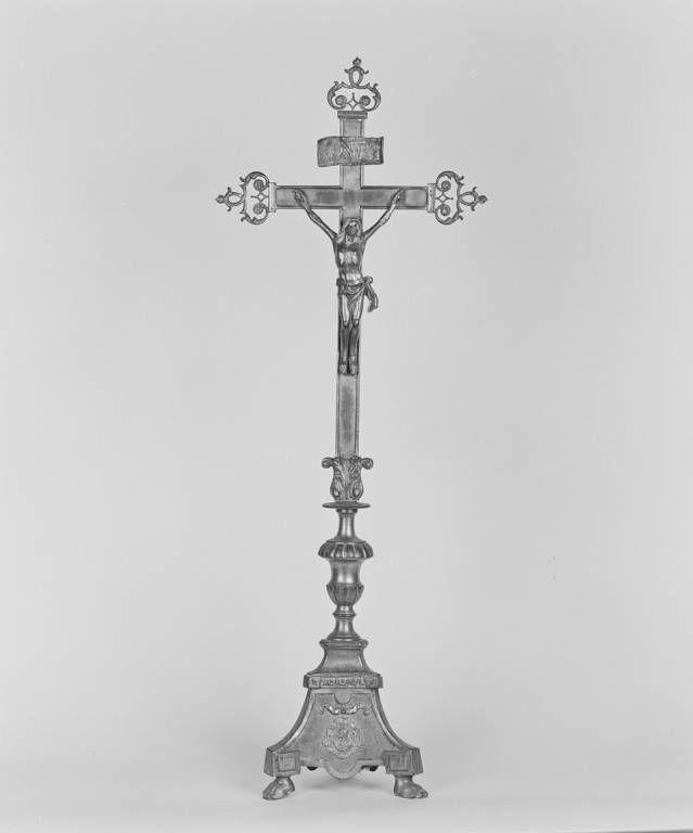 Croix d'autel (n° 2)