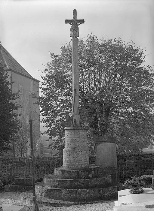 Croix de cimetière