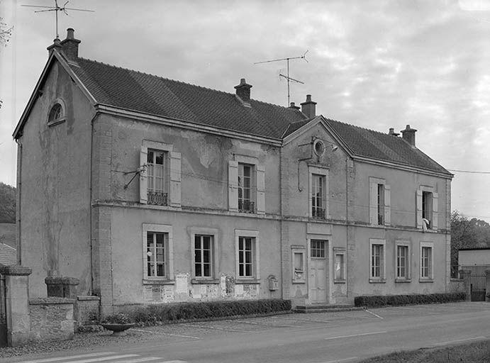 Mairie-école