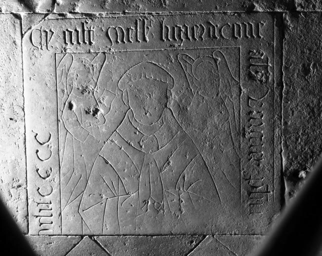 Dalle funéraire du prêtre Ligier