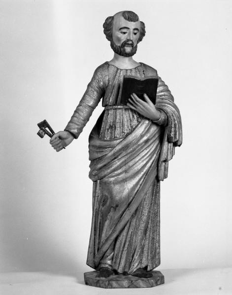 Statue (demi-nature) : saint Pierre