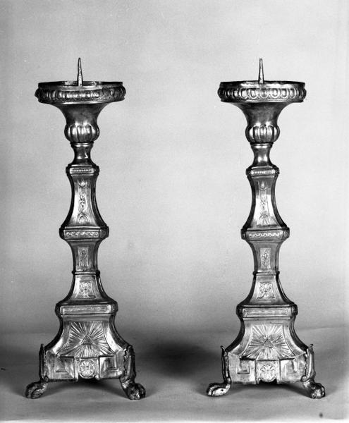 4 chandeliers d'autel (série)