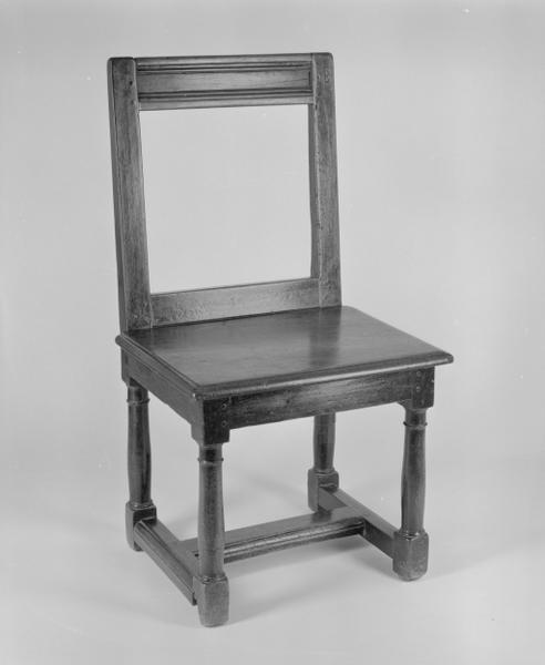 3 chaises (n° 2)