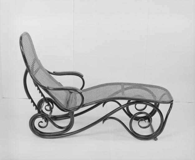 Chaise longue (1)