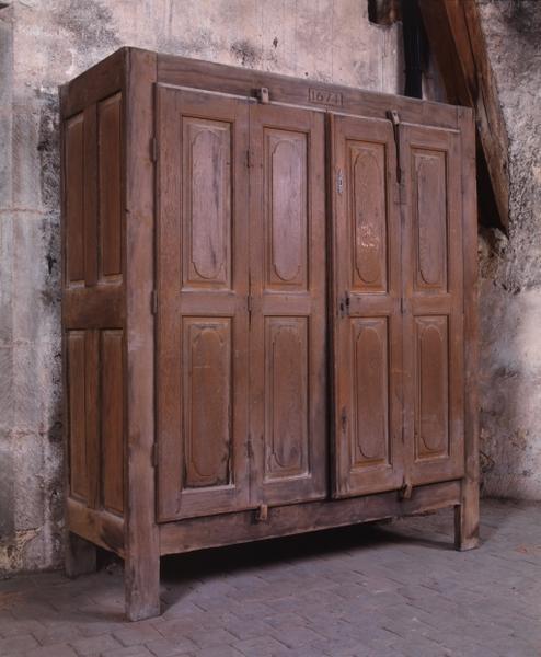 Armoire (armoire à médicaments) (8), numéro d'inventaire : 87 GHD 0145.2