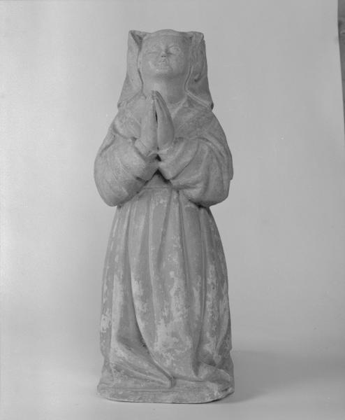 2 statues (en pendant) : Nicolas Rolin, Guigone de Salins (1), numéro d'inventaire : 87 GHD 931 et 932