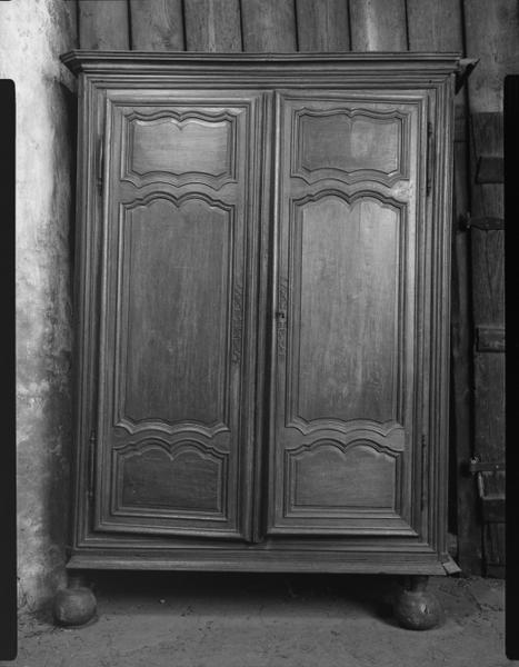 Armoire (57), numéro d'inventaire : 87 GHD 0139