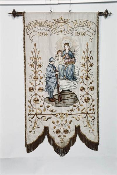 bannière de procession dédiée à Marie, 1914-1918