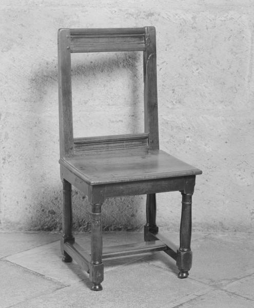 2 chaises (paire) (2), numéro d'inventaire : 87 GHD 20.3.8