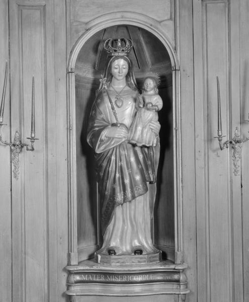 Statue (petite nature) : Vierge à l'Enfant (4)