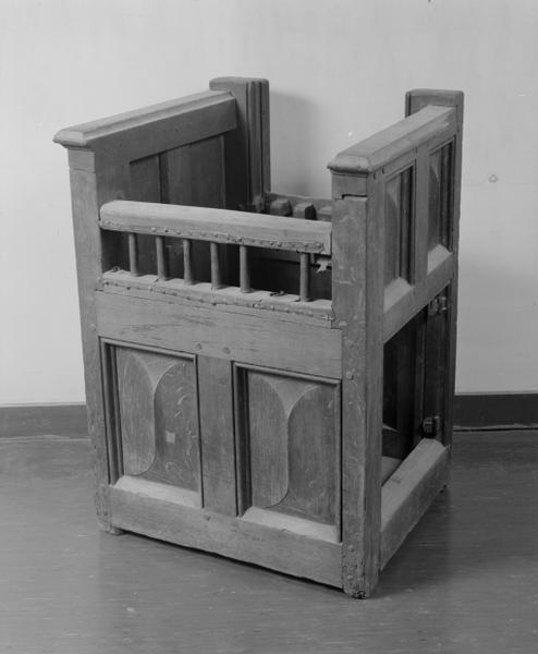 Fauteuil (chaire à armoire d'entrejambe) (39)