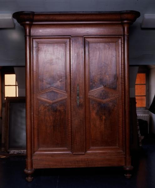 Armoire à linge (14), numéro d'inventaire : 87 GHD 0383