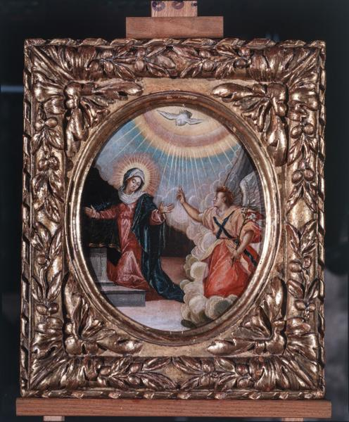 8 tableaux : Annonciation, Visitation, Nativité, Présentation au Temple, Jésus parmi les docteurs, Flagellation, Portement de croix, Résurrection du Christ