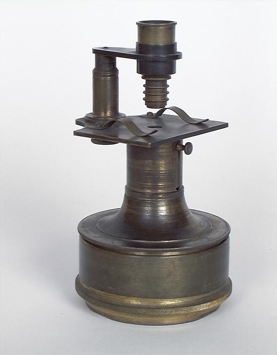 Microscope n° 1