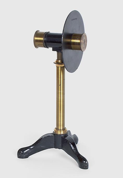 Instrument de démonstration en optique : prisme à vision directe