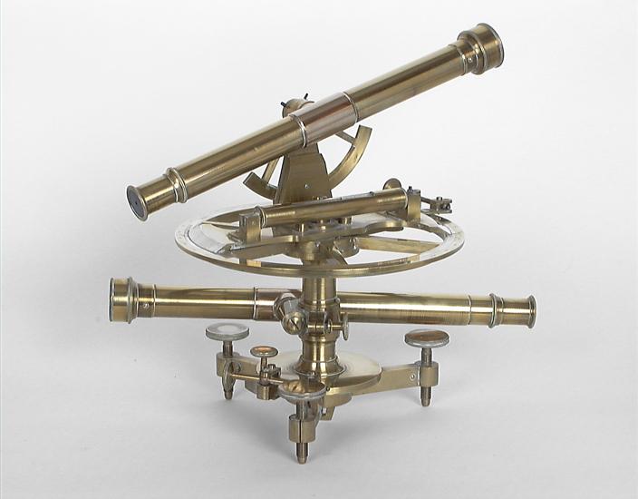 Instrument de mesure des angles pour lever des plans : théodolite répétiteur
