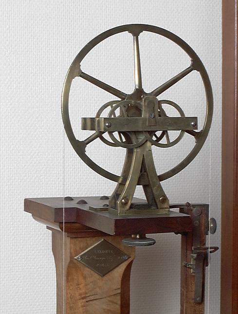 Instrument de démonstration en dynamique des solides : machine d'Atwood