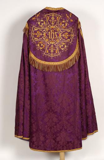 Chape (ornement violet) n° 2