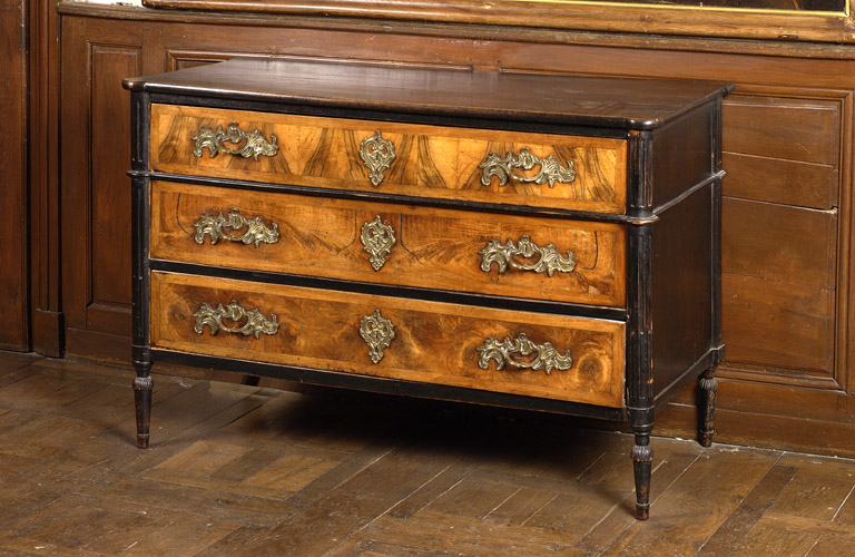 Commode n° 1