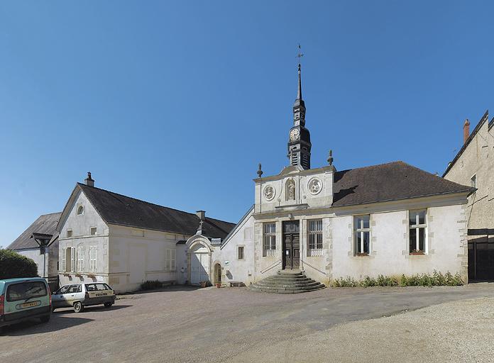 Hôpital Saint-Sauveur, actuellement maison de retraite
