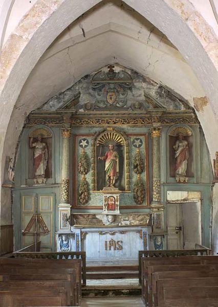 Maître-autel ; autel tombeau ; retable architecturé à niche
