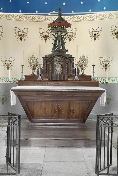 Maître-autel et tabernacle à dais d'exposition