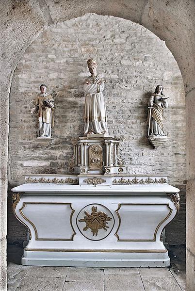 ancien maître-autel et son tabernacle