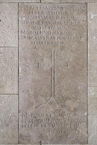 Dalle funéraire de l'abbé Poisot