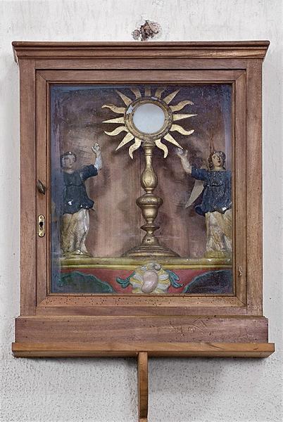 Bâton de procession : Ostensoir entre deux anges