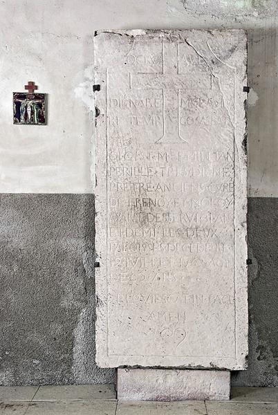 Dalle funéraire de l'abbé Perille