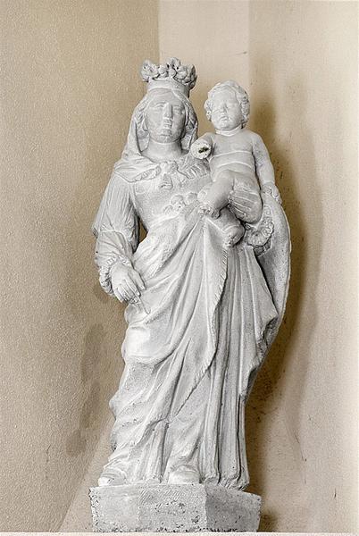 Statue : Vierge à l'Enfant n° 1