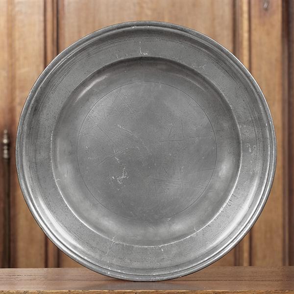paire de plats circulaires