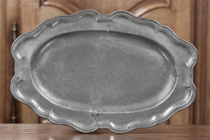 paire de plats à contours (n° d'inventaire 269 et 270)